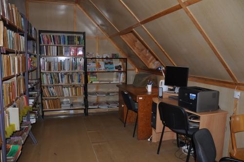 OBRÁZEK : kostelni_vydri_knihovna_2011.jpg