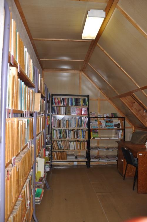 OBRÁZEK : kostelni_vydri_knihovna_fond_2011.jpg