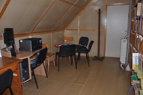 OBRÁZEK : kostelni_vydri_knihovna_internet_2011.jpg